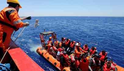 انقاذ مهاجرين فلسطينيين