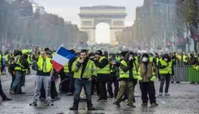 قانون فرنسي جديد ضد الاحتجاجات