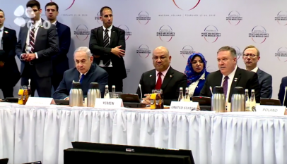 نتنياهو يصنع التاريخ مع وزير خارجية عربي