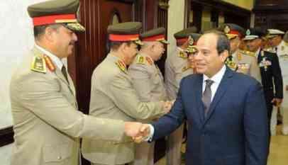 السيسي يجتمع بالمجلس الأعلى للقوات المسلحة