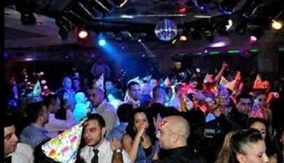 تبادل الزوجات في حفلات مغلقة تهز الكيان الصهيوني