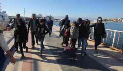 تركيا تعتقل 47 مهاجرا