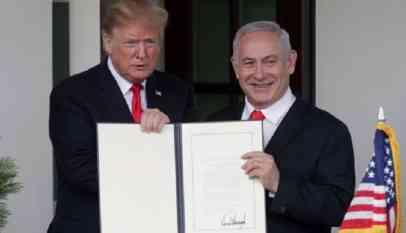 ترامب ونتنياهو بعد توقيع قرار الجولان