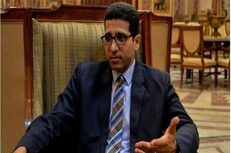 فضيحة جنسية في البرلمان المصري الحريري تلميذ خالد يوسف