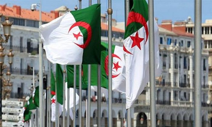 إغلاق المساجد في الجزائر بسبب كورونا
