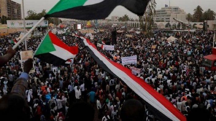 تجمع المهنيين السودانيين يرسل نداء عاجل