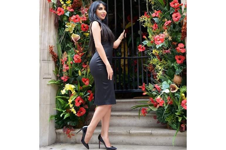 ملكة جمال ايران تنجو من محاولة اغتيالها بالسم