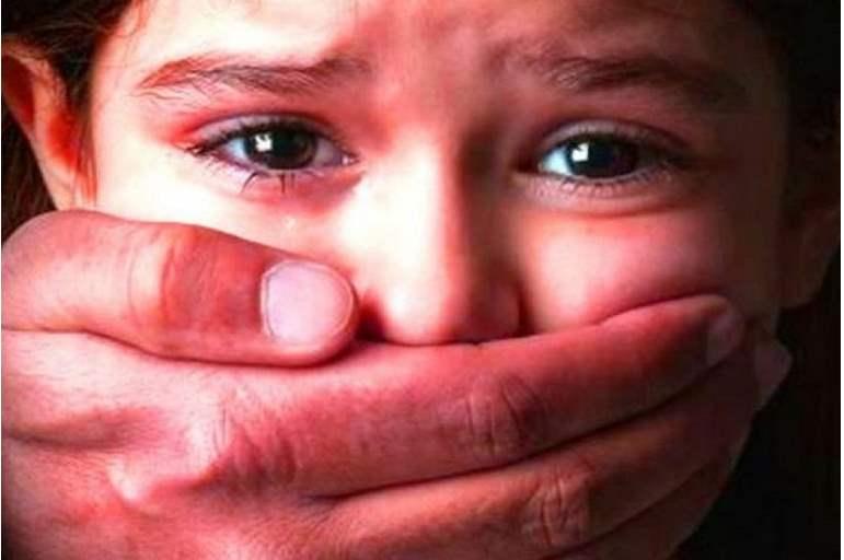 جريمة بشعة.. شاب يقتل طفلة بعد اغتصابها فى سوهاج