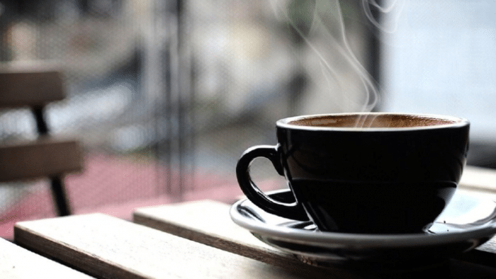 ما هى أضرار الافراط فى تناول القهوة؟ وما الأعراض الشائعة