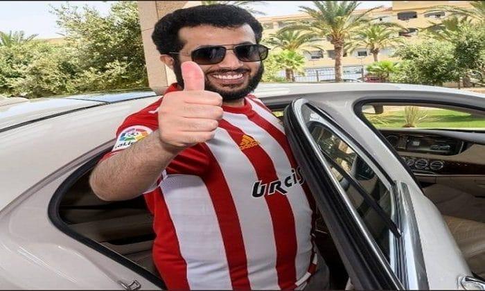 تركي آل الشيخ يتراجع عن مقاضاة مصريين أساءوا إليه