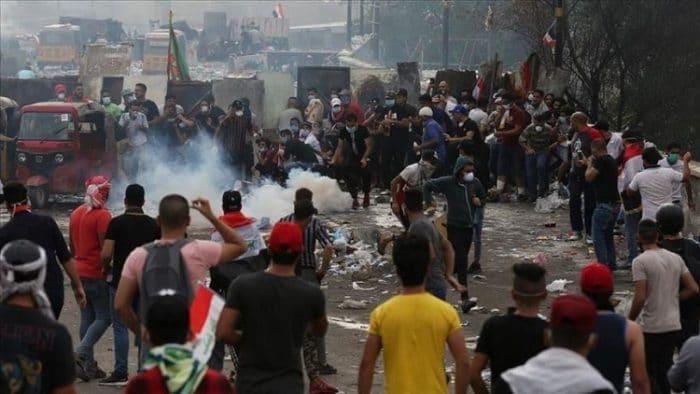 تحقيق عاجل في استهداف متظاهري كربلاء