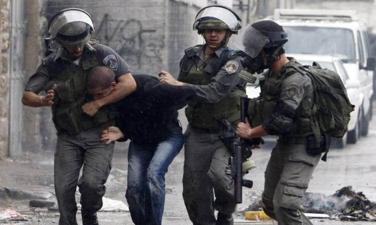 قوات الاحتلال تعتقل ٩ فلسطينيين بالضفة الغربية