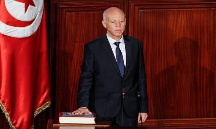 قيس بن سعيّد يؤدي اليمين الدستورية في تونس
