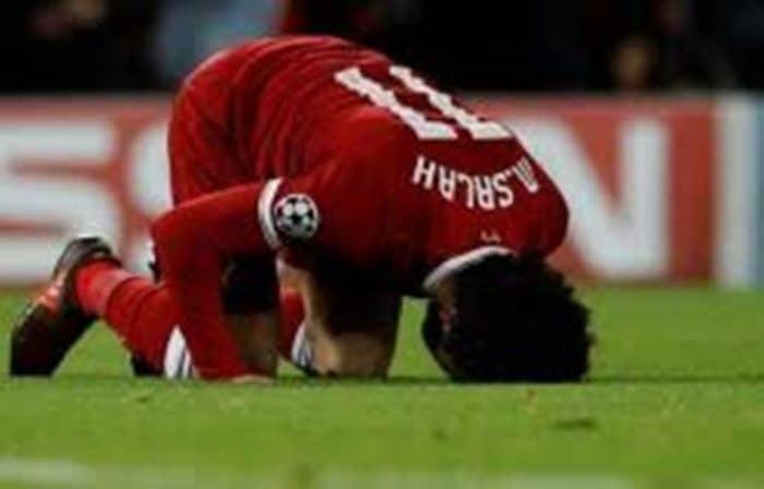 شاب انجليزى : لقد تحولت من كارها للإسلام إلى مسلم بسبب المصري محمد