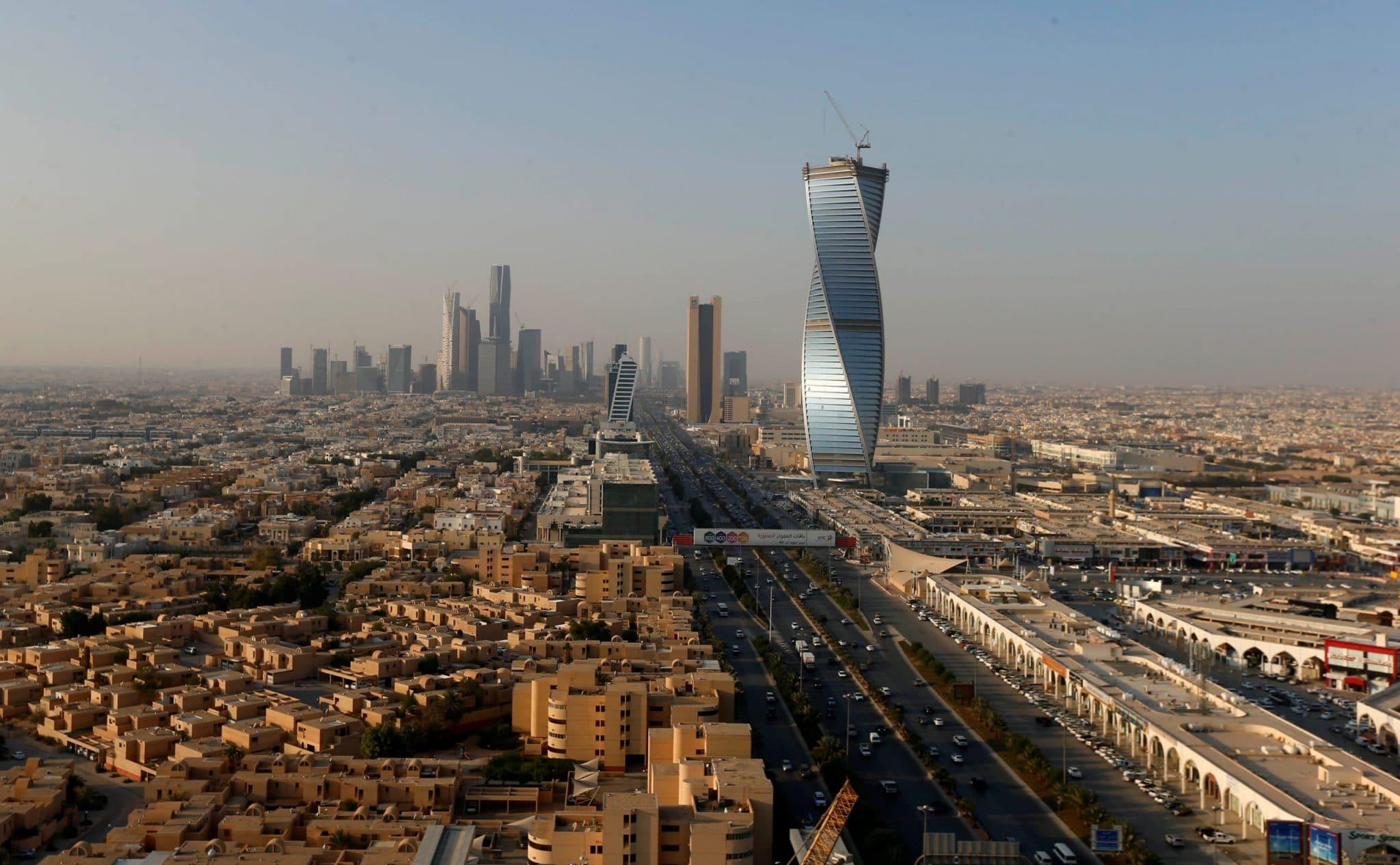 حقيقة اصابة اثنين بفيروس كورونا في السعودية