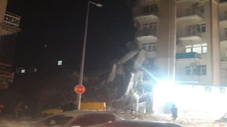 حصيلة ضحايا زلزال تركيا .. فيديو