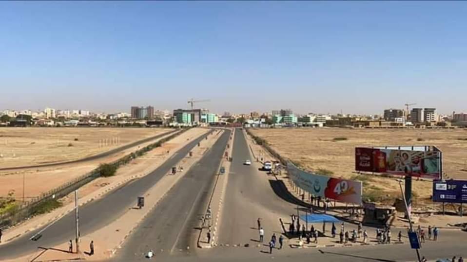 تمرد بالمخابرات السودانية واطلاق نار كثيف واغلاق المطار