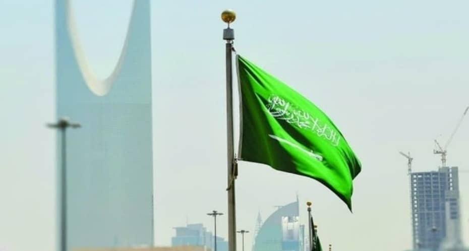 لهذه الاسباب لم تنكس السعودية علمها حدادا على وفاة السلطان قابوس