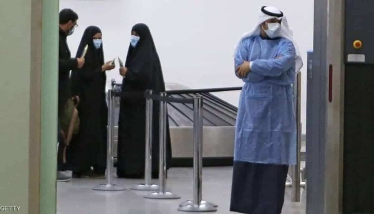 قانون يقضي بالسجن على مصابي كورونا في الكويت