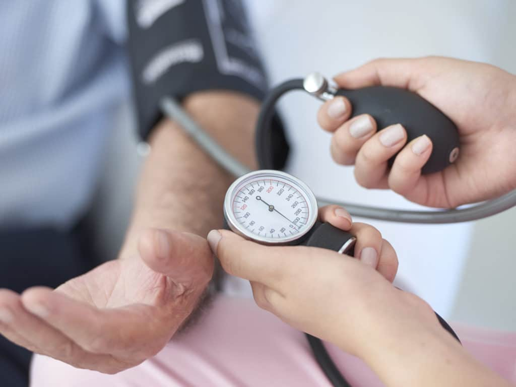 دواء نوفو-نيفيدين لعلاج ضغط الدم المرتفع