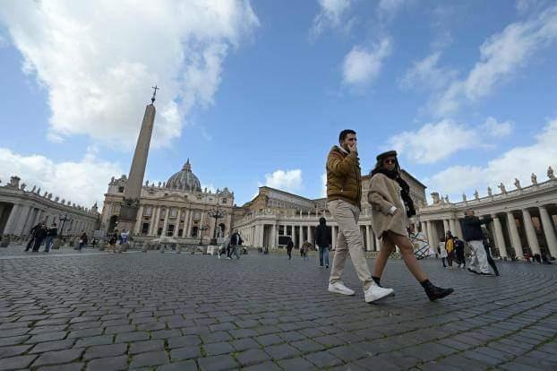 خالية تماما.. لايوجد صلاة في ساحة الفاتيكان بسبب كورونا