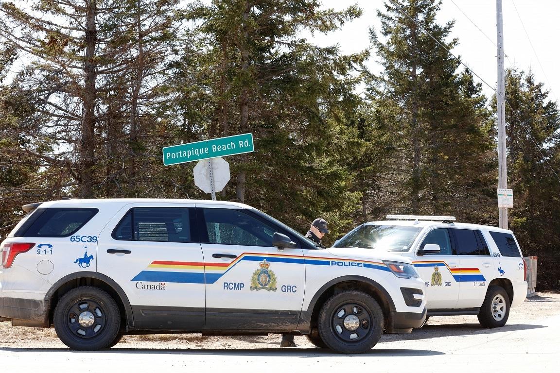 مسلح يفتح النار في 16 مواطن كندي