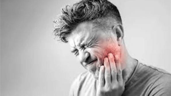 علاج ألم الأسنان بوصفات طبيعية