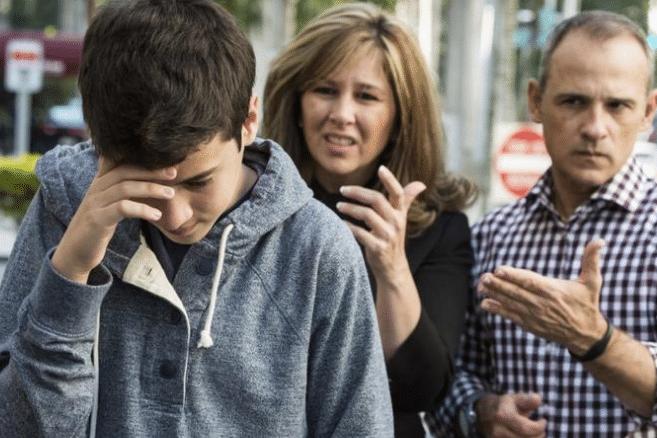 مشكلات المراهقين النفسية والإجتماعية