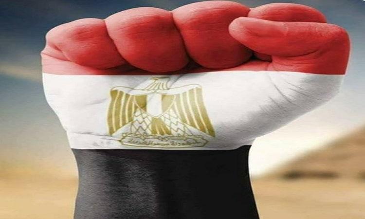 هاشتاج مصر تقود العالم يتصدر تويتر.. ونشطاء: شابوه لجيشنا الأبيض