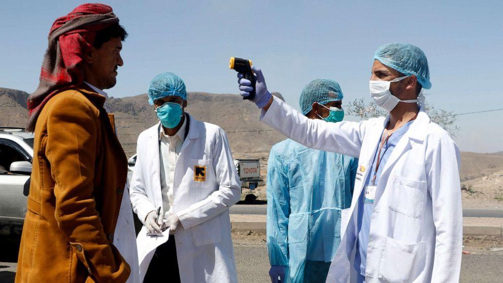إعادة اليمنيين من السعودية وإخضاعهم للحجر