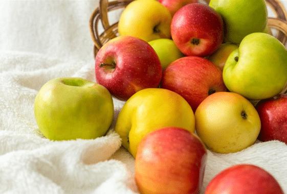 التفاح كنز يوجد فى كل منزل