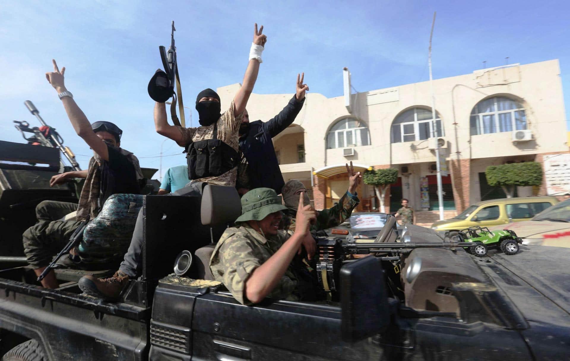قوات شرق ليبيا وتفاصيل الهروب الكبير وسببه