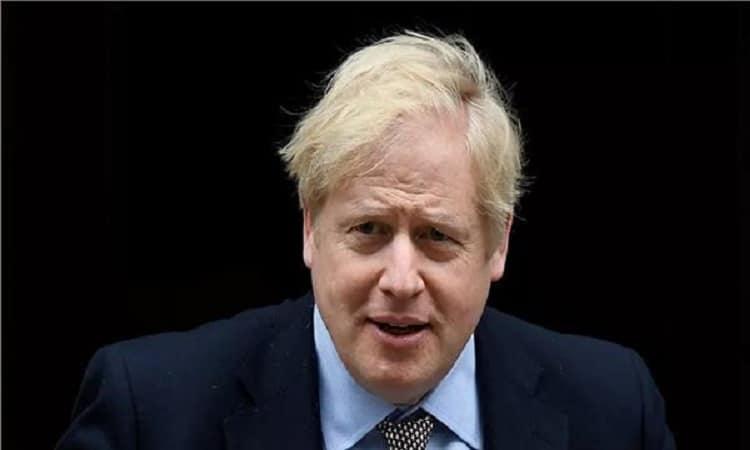 فيديو.. سيارة رئيس وزراء بريطانيا تتعرض لحادث تصادم