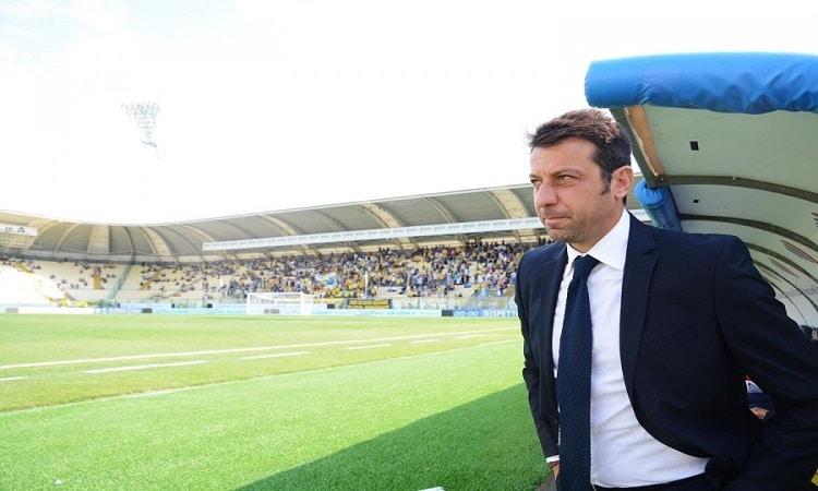 إصابة مدرب بارما الإيطالي بفيروس كورونا