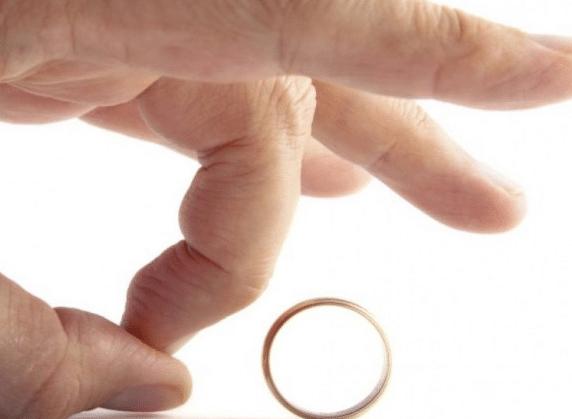 أسباب كثرة الطلاق في مصر