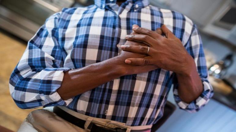 10 أعراض تسبق حدوث النوبة القلبية. يجب الحذر منها