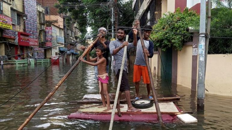 مصرع ثلاثة أطفال في انقلاب قارب بالهند