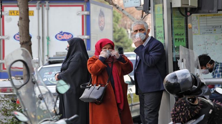الرئيس الإيراني يرد على العرض الأمريكي بشأن كورونا