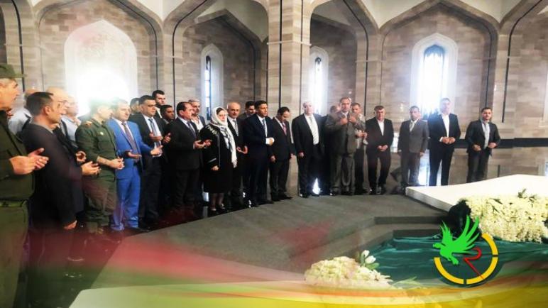 ضريح الأسد و سفير الهند