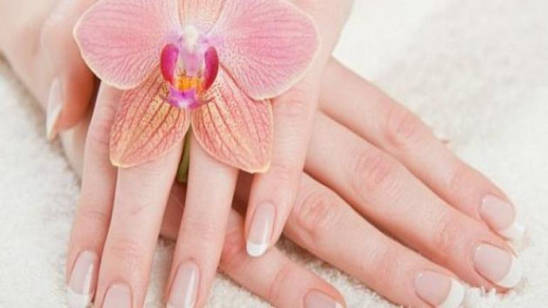 وصفات فعالة لـ تفتيح اليدين