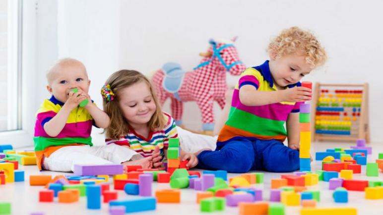 ألعاب وأفكار تربيويه مسلية للأطفال