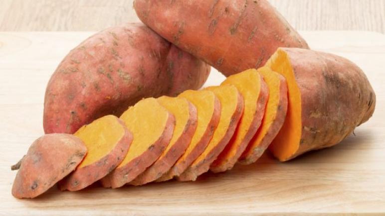 البطاطا الحلوة وفوائدها الجمة