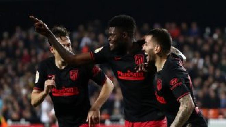 ريال مدريد يفاوض بديل كاسيميرو