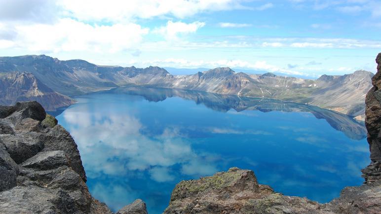 أجمل بحيرات العالم هل تعرف عنها شىء؟